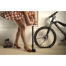 Как правильно накачать велосипедную покрышку?